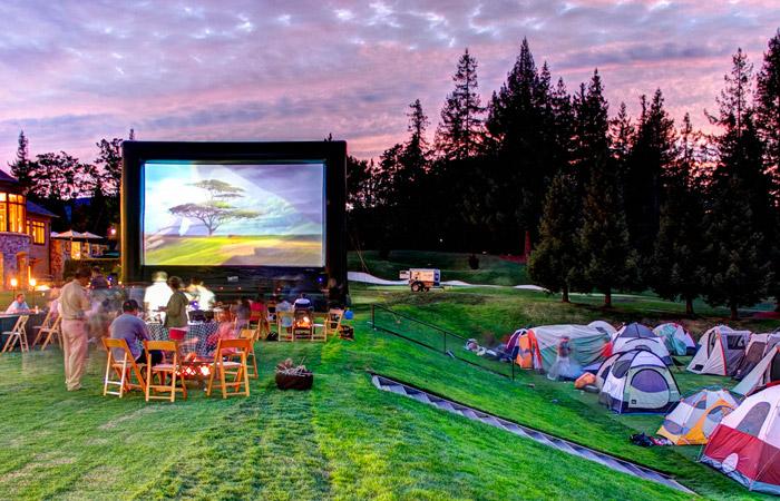 Elite Screen 750 Attendees Funflicks Outdoor Movies